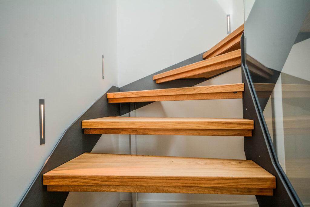 Nieuwe trap: Mogelijke materialen en prijzen